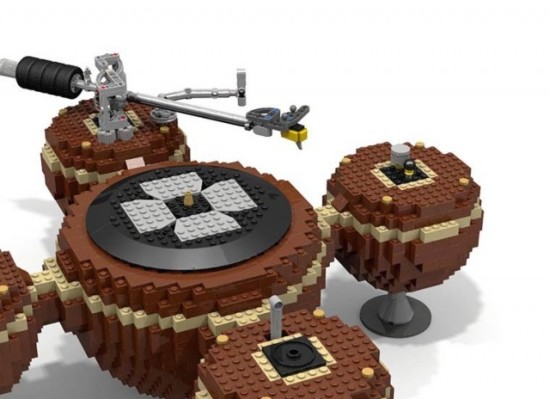 The-LEGO-Turntable_2-640x4643