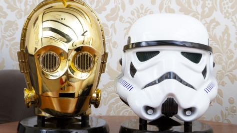 star-wars-audio-system-gold-plated-C3PO-stormtrooper-heads-designboom-06