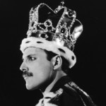 Singer Freddie Mercury dressed as a King during a performance with his group Queen at Wembley Stadium in London, 15th July 1986. (Photo by Dave Hogan/Getty Images)